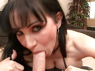 rayveness into mothersuckers