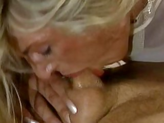 bodybuilding older  women huge clit breast arse