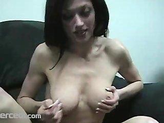 lady dillan lauren gives a sloppy blow jay