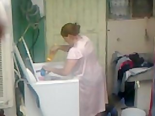 spying aunty butt washing ... big butt heavy