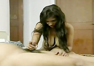 short wang desi guy trying to please wife with